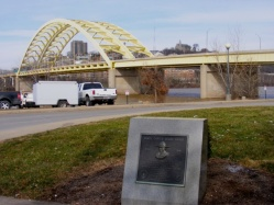 DCB Monument Newport